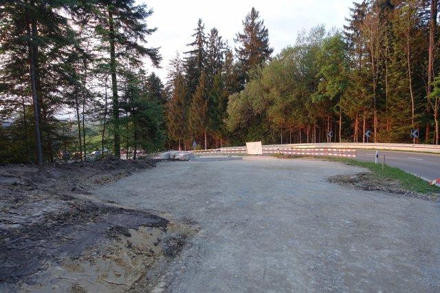 Künftige Einfahrt auf den neuen Parkplatz